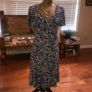 CHAPS Dress-Size M, multi colored. EUC